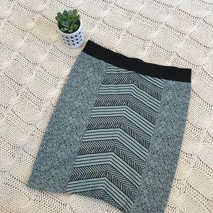 {BCBGENERATION} Stretch Mini Skirt Stripes M/L